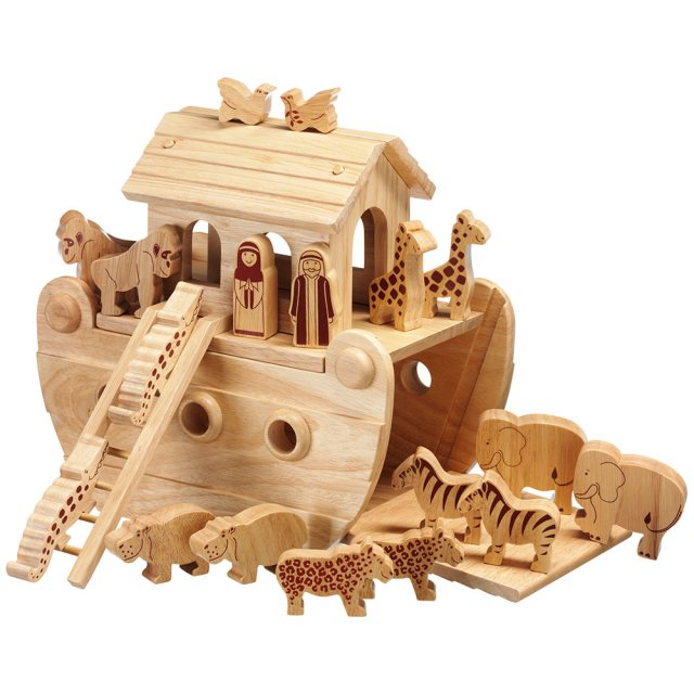 Small natural wood Noah's ark boat with 16 natural animals and Mr and Mrs Noah figurines